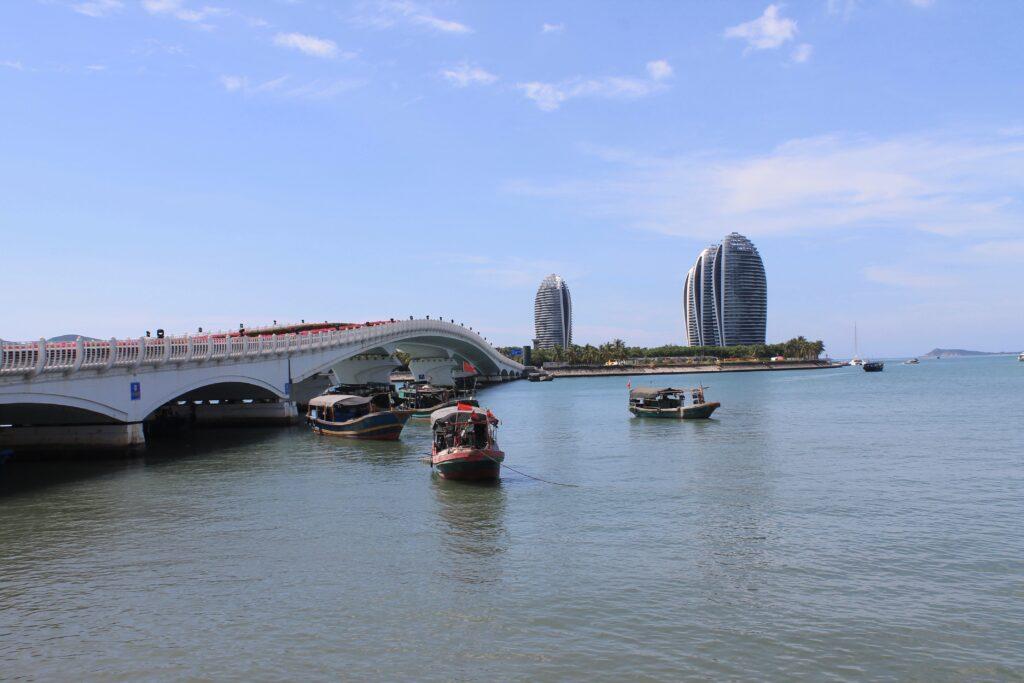 Китай Санья бей отели на острове Феникс