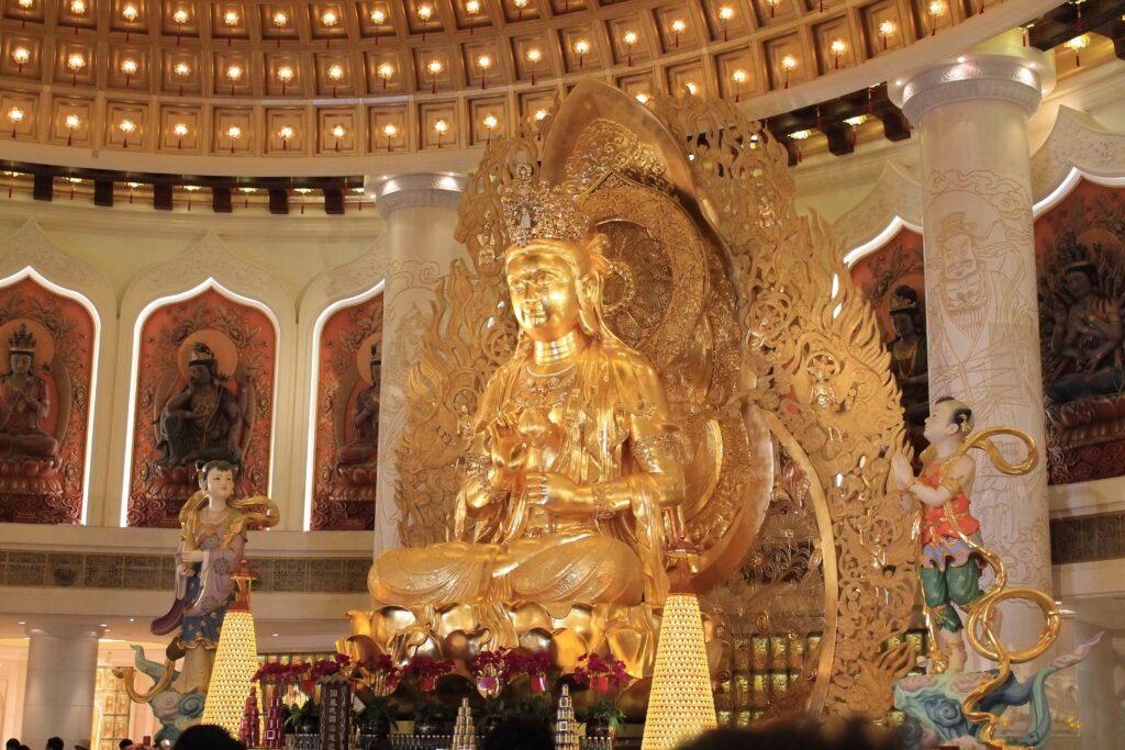Храм Наньшань Санья