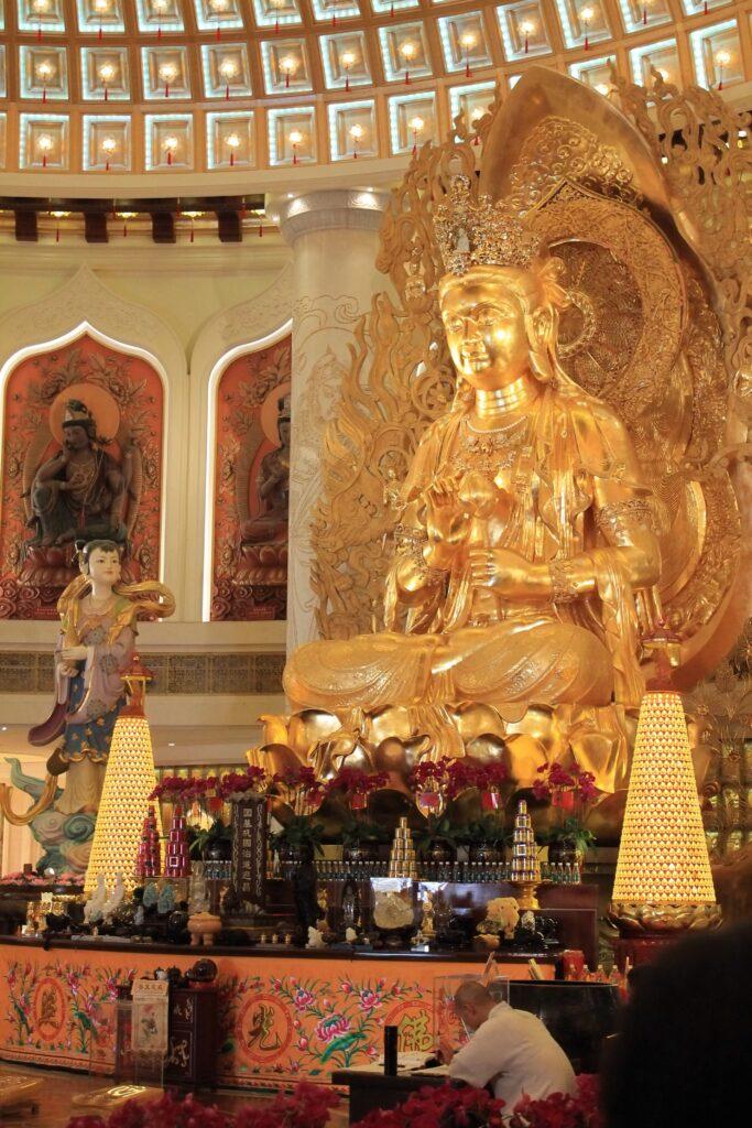 Остров Хайнань храм Гуаньинь